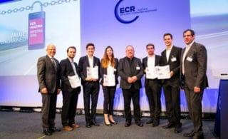 Student Award Verleihung auf der Bühne am Kongress ECR Infotag 2016