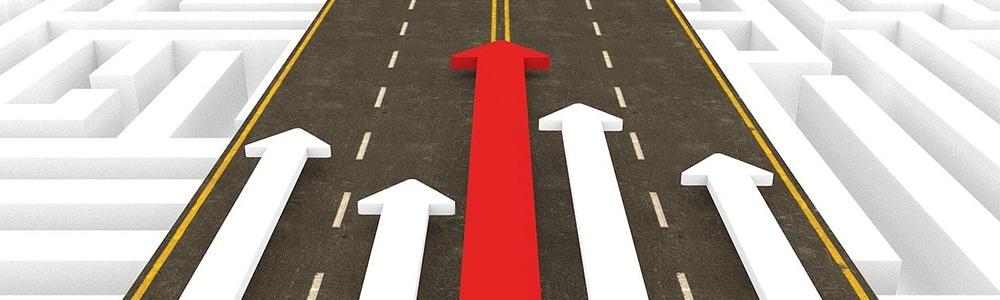 Der Siegeszug von EDI auf der Straße dargestellt mit 5 Pfeilen in einer Richtung