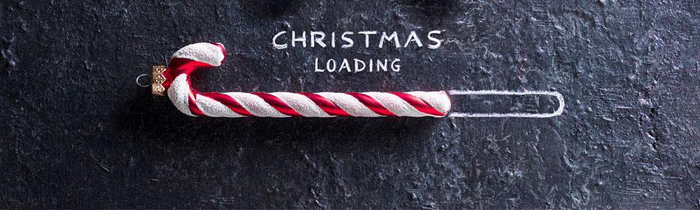 """Zuckerstange und die Wörter """"Christmas Loading"""" - So verläuft der Advent in unserer IT-Abteilung"""